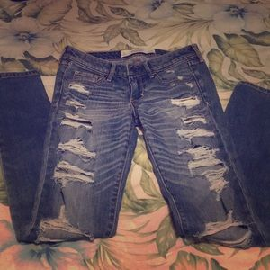 Abercrombie Super Destructed Skinny Sz 0